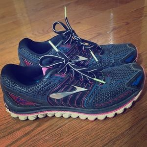 Women's size 8.5 Brooks Glycerin 12 running shoes